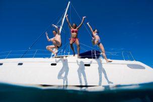 Experiencias Party & Sail. A saltar para a água